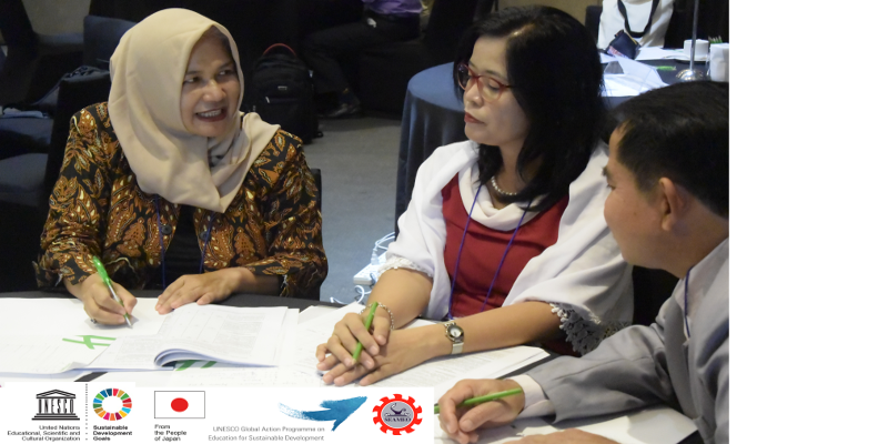 Teacher%20educators%20from%20Indonesia%20Lao%20PDR%20and%20Philippines%20discuss%20ESD%2022.png